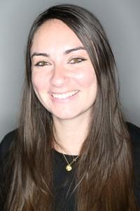 Hannah Abrams headshot
